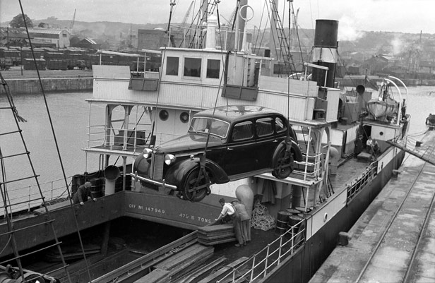 Cars for export to Portugal, 19 July 1947