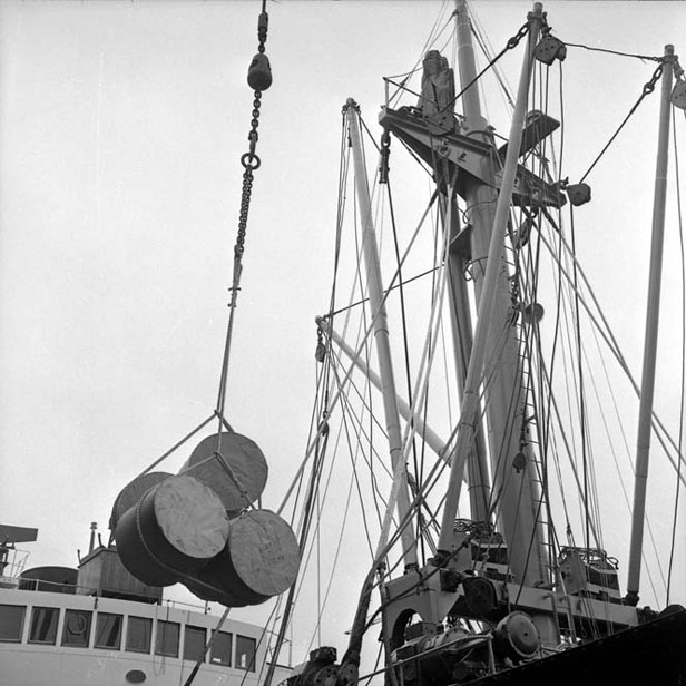 Loading reels of paper, 2 September 1969