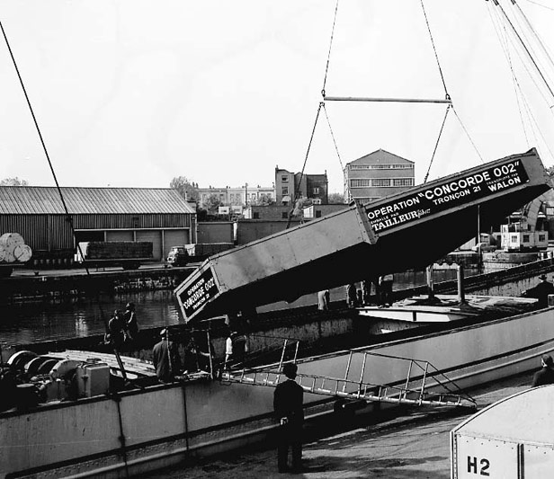Crated wing part for Concorde, 1967