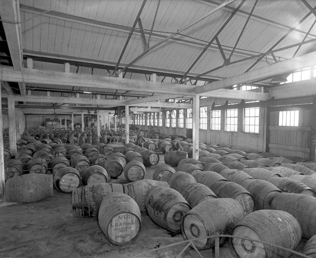 Sherry and wine in barrels, 21 October 1961