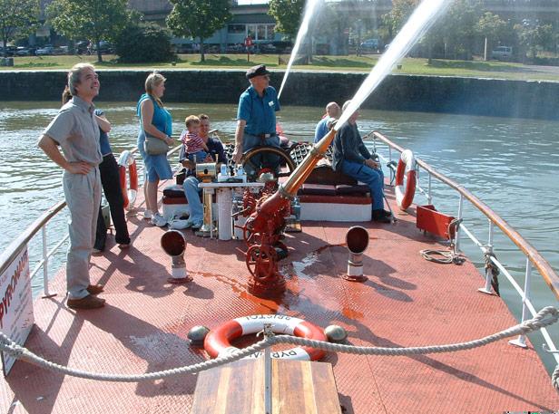 Museum's fire boat Pyronaut