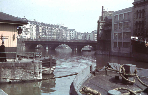 Bristol Bridge from Welsh Back (pre war)