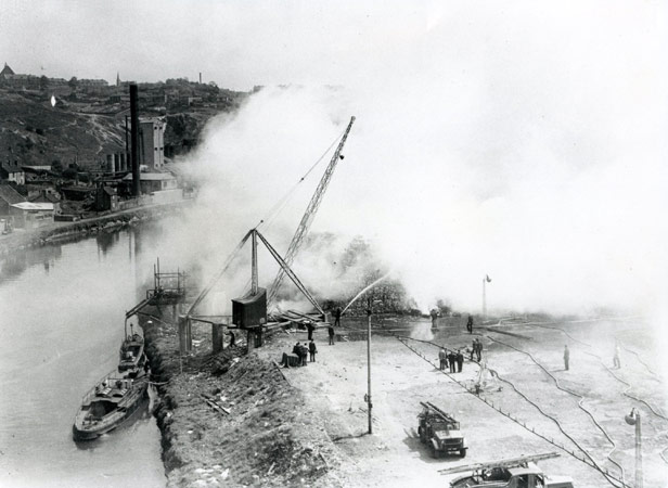 Fire at waste paper stacks at St Annes Board Mills, 1948