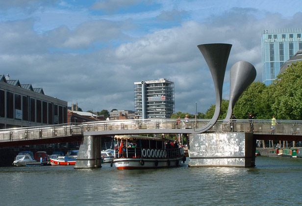 Pero's footbridge over St Augustine's Reach