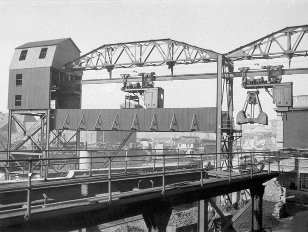 Telpher Crane at Canons Marsh Gas Works, 1935