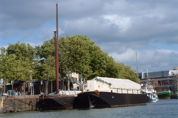 Unpowered barges
